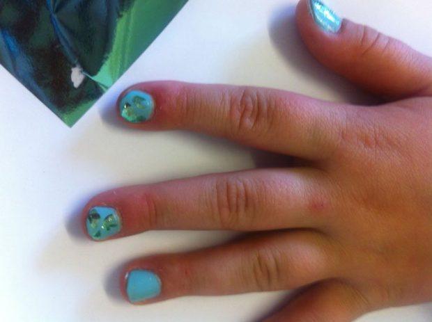 Ciate Very Colorfoil Manicure Detail