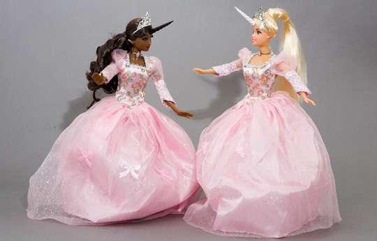 Barbie-unicorn-princesses-barbie-28056364-540-346