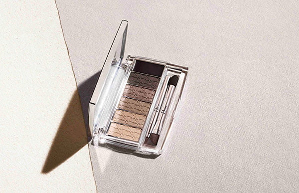 Dior Summer Look 2015 Tie Dye: Backstage Pro Eye Reviver Palette