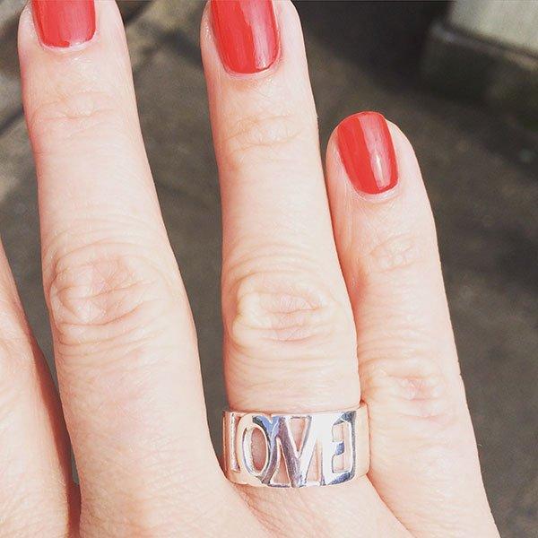 Love Ring von Townhouse Zürich, Image Copyright: Hey Pretty