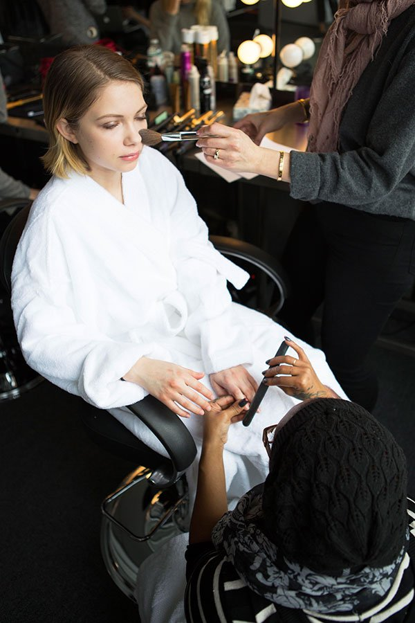 Clinique Face Forward Campaign, Behind the scenes with Tavi Gevinson