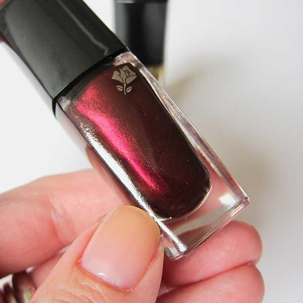 Lancome Happy Holidays Christmas Look 2015, Vernis in Love in Prune Rêvé, Image by Hey Pretty Beauty Blog