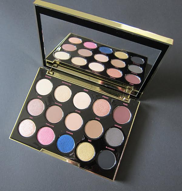 Urban Decay Gwen Stefani Eyeshadow Palette, Image by Hey Pretty Beauty Blog