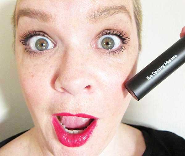 Bobbi Brown Eye Opening Mascara Review by Hey Pretty Beauty Blog