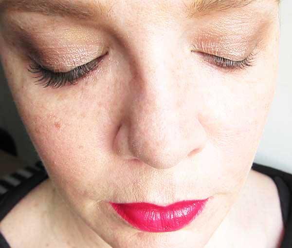 Bobbi Brown Eye Opening Mascara, right eye with, left eye without