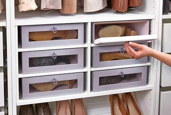 Ordnung: Stiefelkarton HYFS von IKEA
